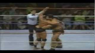 Maple Leaf Gardens Wrestling - Jimmy Snuka VS The Barbarian