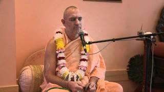 2010.07.02. Kirtan by H.H. Bhaktividya Purna Swami - Riga, LATVIA