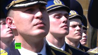 Владимир Путин поздравил Президентский полк с 80-летием