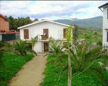 Casa prefabbricata in cemento armato for Case bagheria