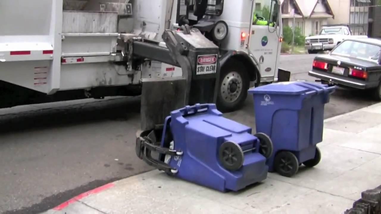 Side Loading Garbage Truck Youtube