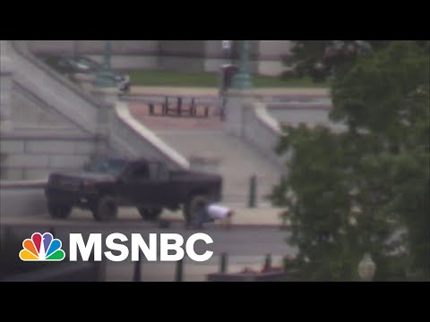 D.C. Bomb Threat Suspect Surrenders Outside Library Of Congress