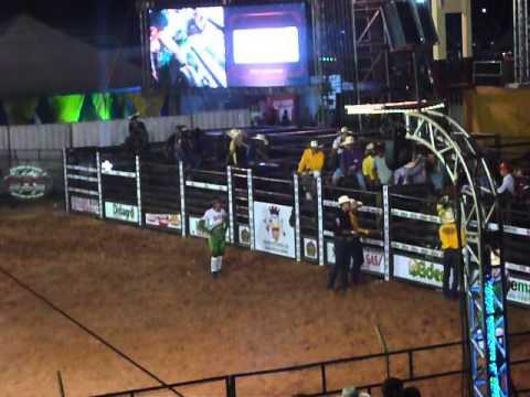 rodrigo guedes campeão do rodeio em tangara  2014