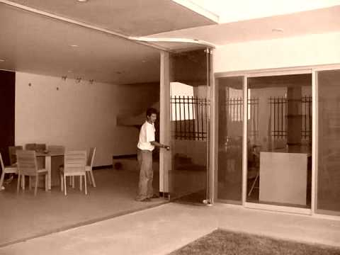 Puertas corredizas plegables jalisco 3312130756 youtube for Puertas corredizas