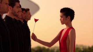 FLOWER BY KENZO  L'ELIXIR - The power of a flower – The new film  (20