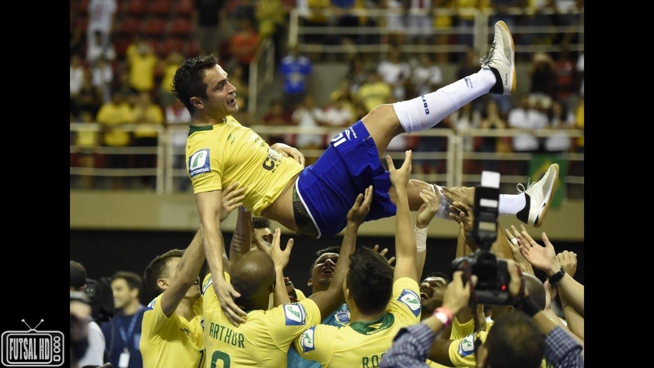 3b82e83058 DESPEDIDA FALCÃO Brasil 3 x 2 Colômbia - Desafio Internacional de Futsal  2017