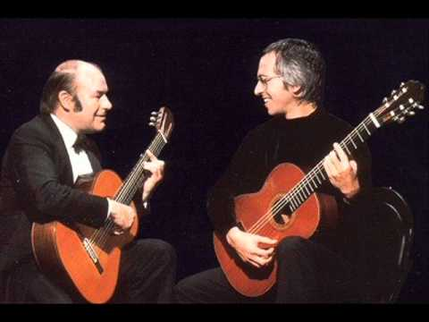Brahms - Theme and Variations in D minor, Op. 18b (Julian Bream & John Williams, guitars)