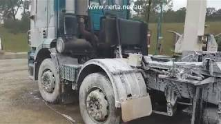 Touchlessly cleaning dead Insects and Road Grime with Nerta