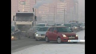 Пробки и очереди в магазинах: Красноярск охватил предновогодний ажиотаж