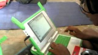 OLPC Khairat School - India: Children learning Music