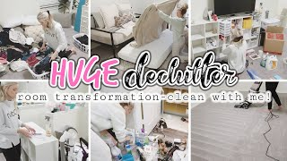 HUGE DECLUTTER AND CLEAN WITH ME//ROOM TRANSFORMATION//SIMPLY KAYLE