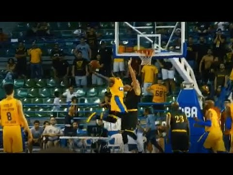 Jeremy Pargo's monster dunk vs AEK Athens - OPAP tournament