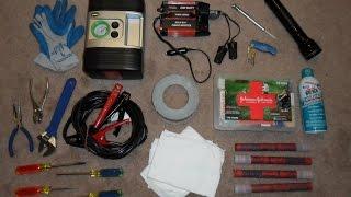 How to Make a Roadside Emergency Kit