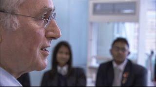Richard Dawkins Teaching Evolution to Religious Students thumbnail