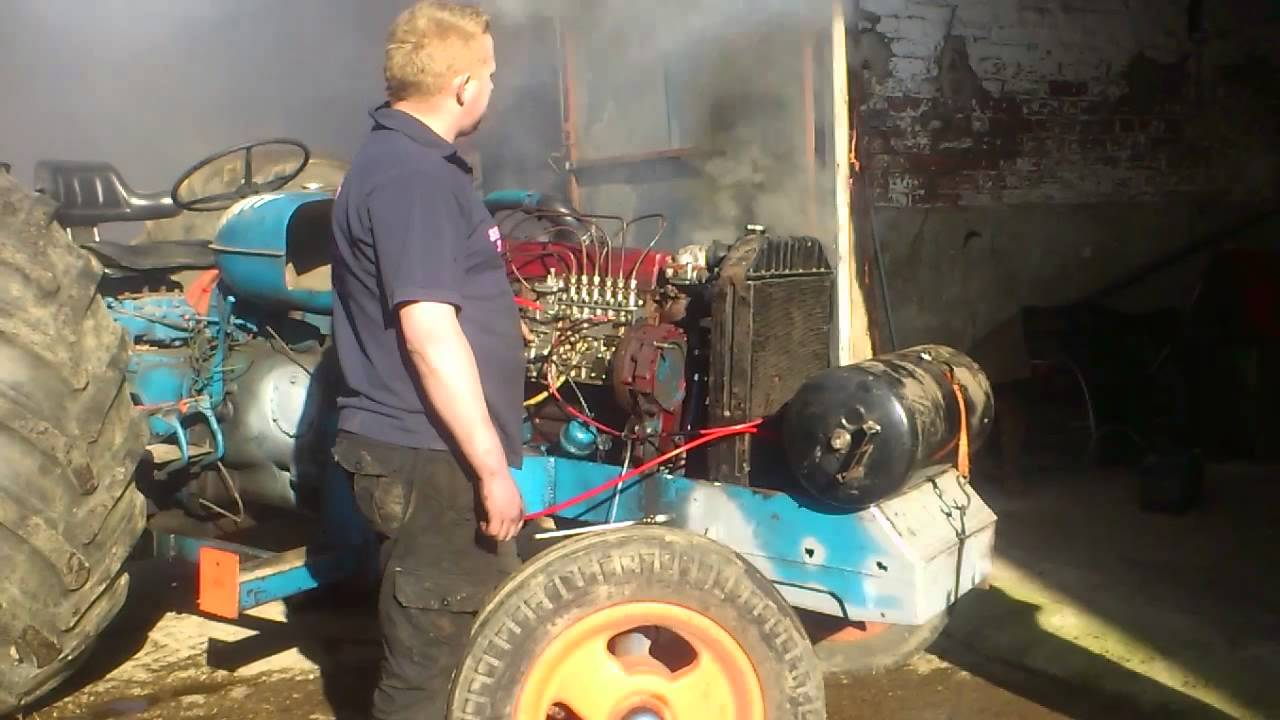 fordson tractor pulling with Watch on Viewit also Viewit as well Fans In Horsepower Heaven besides Viewit besides Viewit.