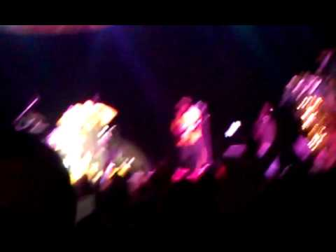 fiji concert 2011 @Emerald Queen Casino - tacoma