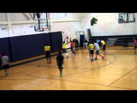 Djimon Bailey highlights vs 7th and 8th grade Toisnot Middle School