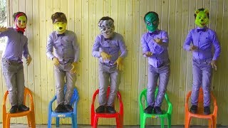 Learn chairs colors with five little babies jumping on the bad song - educational good song for kids