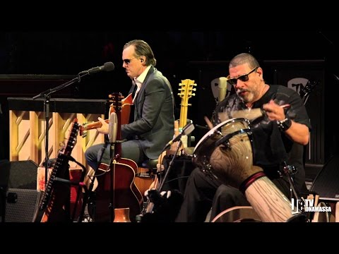 Joe Bonamassa  The Valley Runs Low  Blues Of Desperation  Lyrics