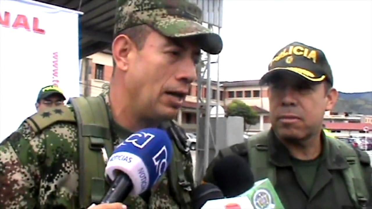 Capturan Submarino-Noticiero con Enrique Gratas