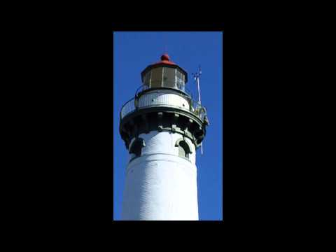 New Presque Isle (MI) Lighthouse glass removal