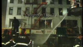 NEW YORK BUILDING COLLAPSES AFTER FIRE!