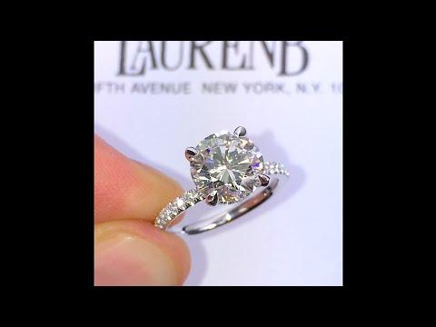2.60 ct Round Diamond Engagement Ring with Diamond Wrap