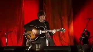 Noel Gallagher - Listen Up (Acoustic) [Cabaret Sauvage - Paris 2006]