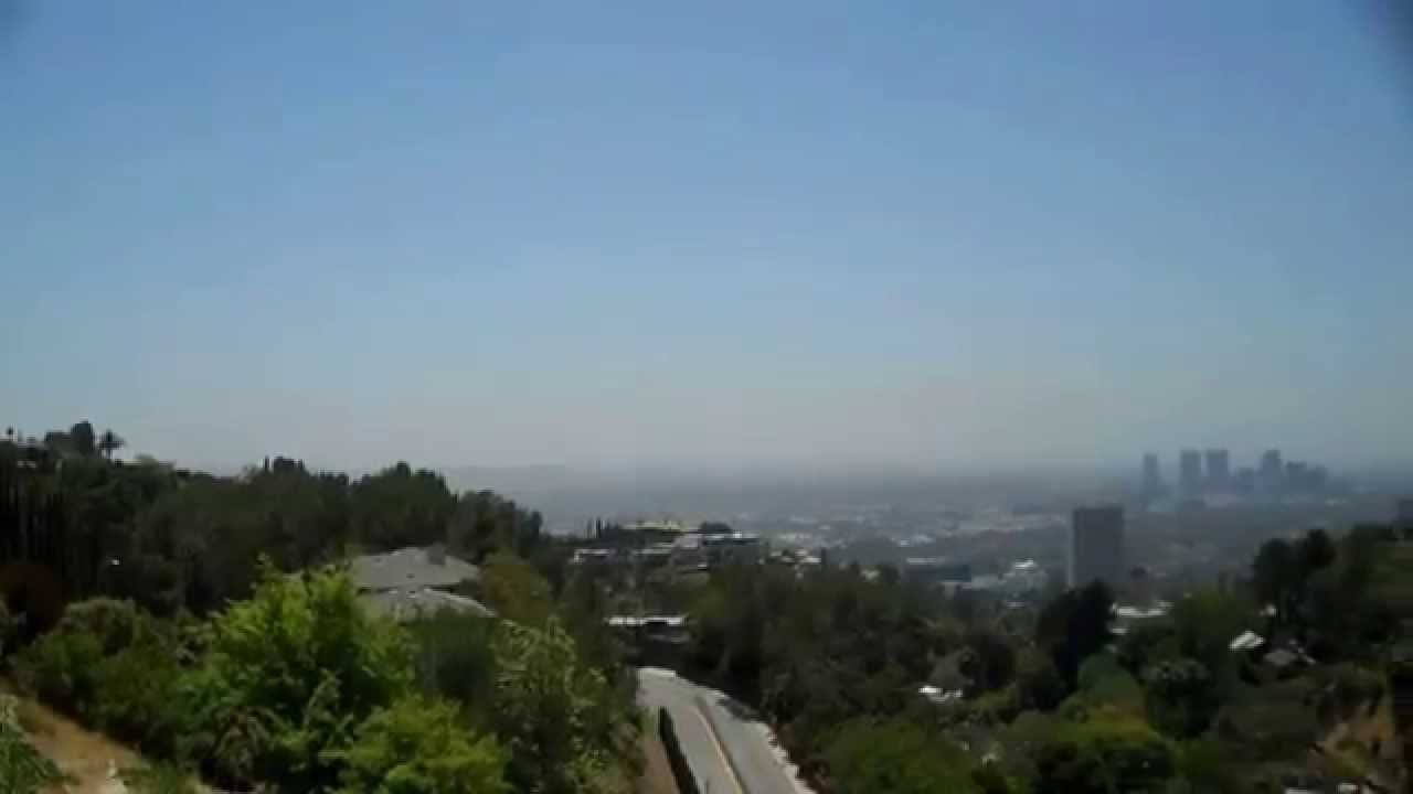 Views Of Los Angeles From The Bird Streets In The