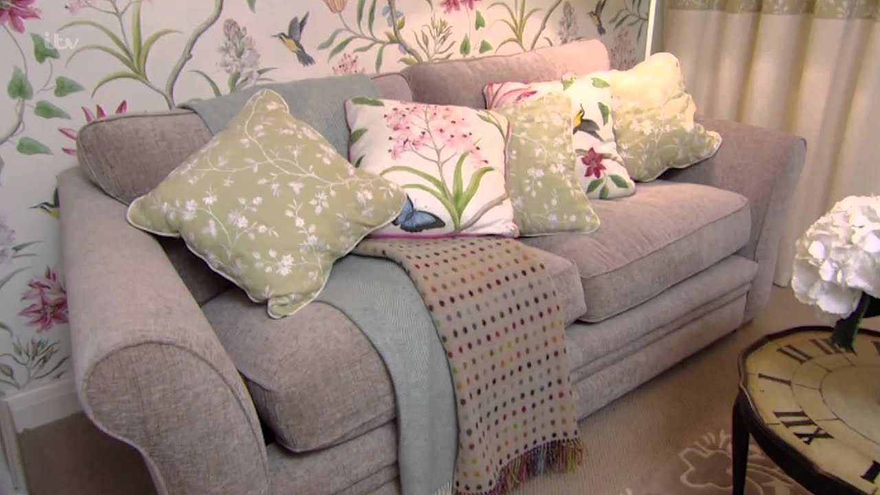 Leah talks mary through the design of her living room for 60 minute makeover living room designs
