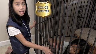 Pretend Play Police uses Smart Tracking Gear
