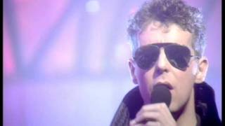 West End Girls - Pet Shop Boys @ TOTP in 1986
