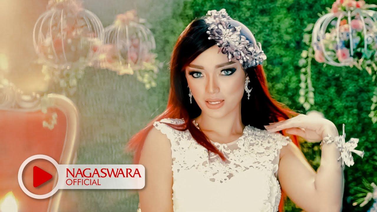 Zaskia Gotik - Bang Toyib Kawin Lagi - Official Music Video ...