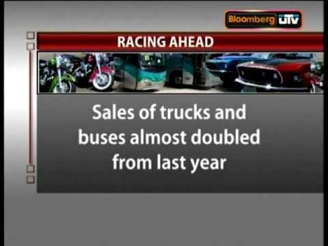 Auto sales zoom in November