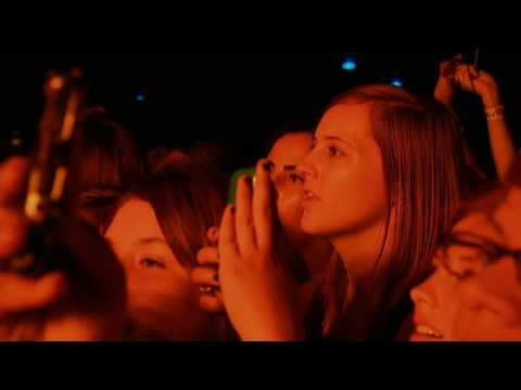 Miley Cyrus - My Heart Beats For Love ( Live @ House Of Blues ) HD