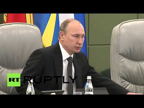 Russia: Putin praises arms industry during National Defence Control Centre visit