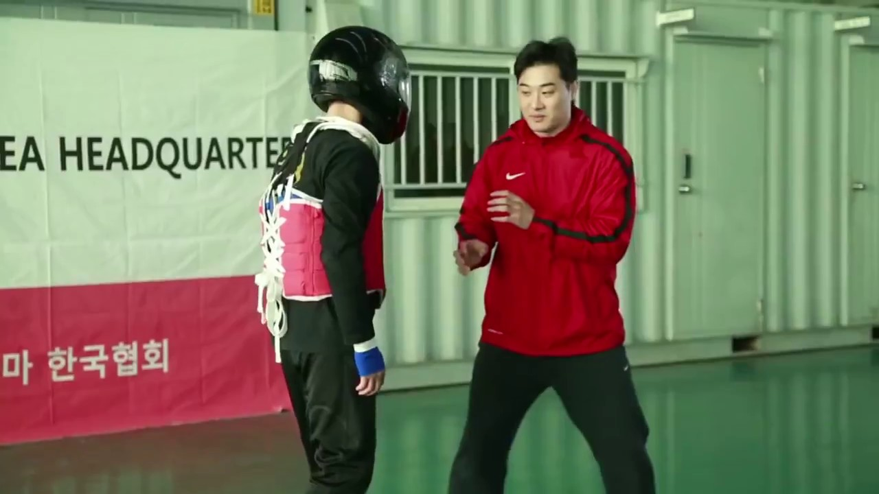 Download D.K yoo. Most complete fighter (All martial arts by one person)