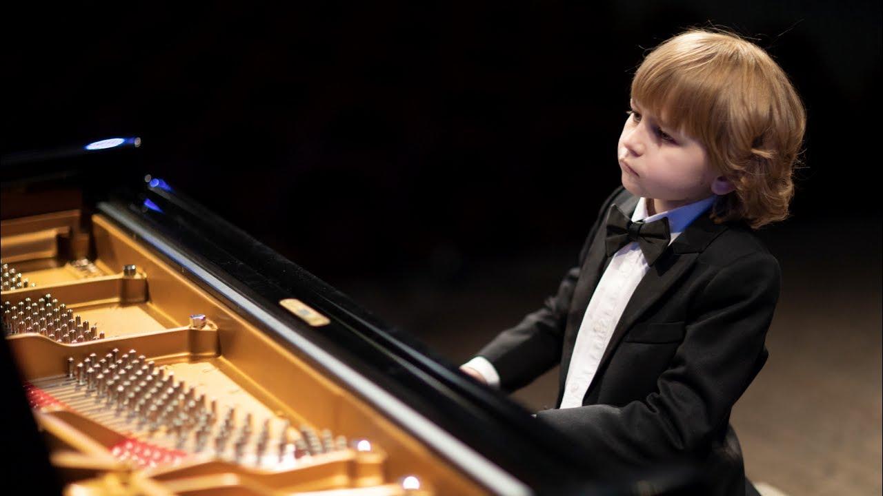 Tchaikovsky Russian Dance Elisey Mysin At The Tchaikovsky Grand Piano 135 Years Youtube