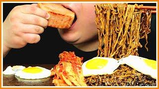 100년 전통 짜장라면과 스팸 김장김치 먹방