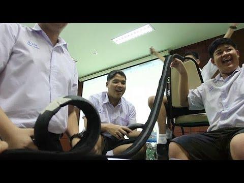 เล็กๆเปลี่ยนโลก [by Mahidol] เปิดโลกทัศน์วิทยาศาสตร์และนวัตกรรม (3/3) สร้าง Roller Coaster