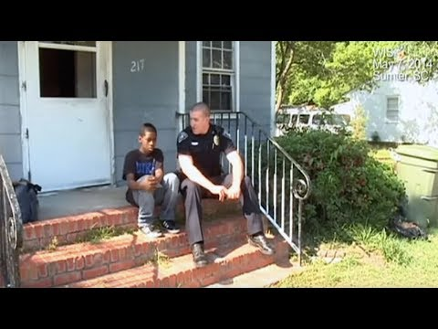 Boy Says He Wants To Run Away From Home And Officer's Heart Breaks When He Sees The Boy's Bedroom
