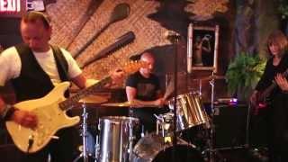 Martin Cilia - Reef Break (Live 2013)