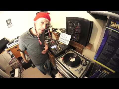 DJ VINYL MIXING LESSON ADVISE AND INFORMATION ON TECHNICS SL1200MK2