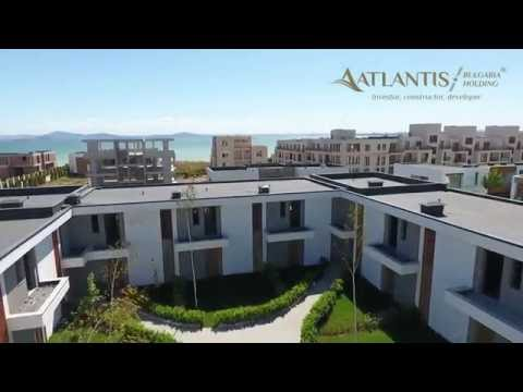 Atlantis Homes II modern houses in Burgas at the Black Sea coat