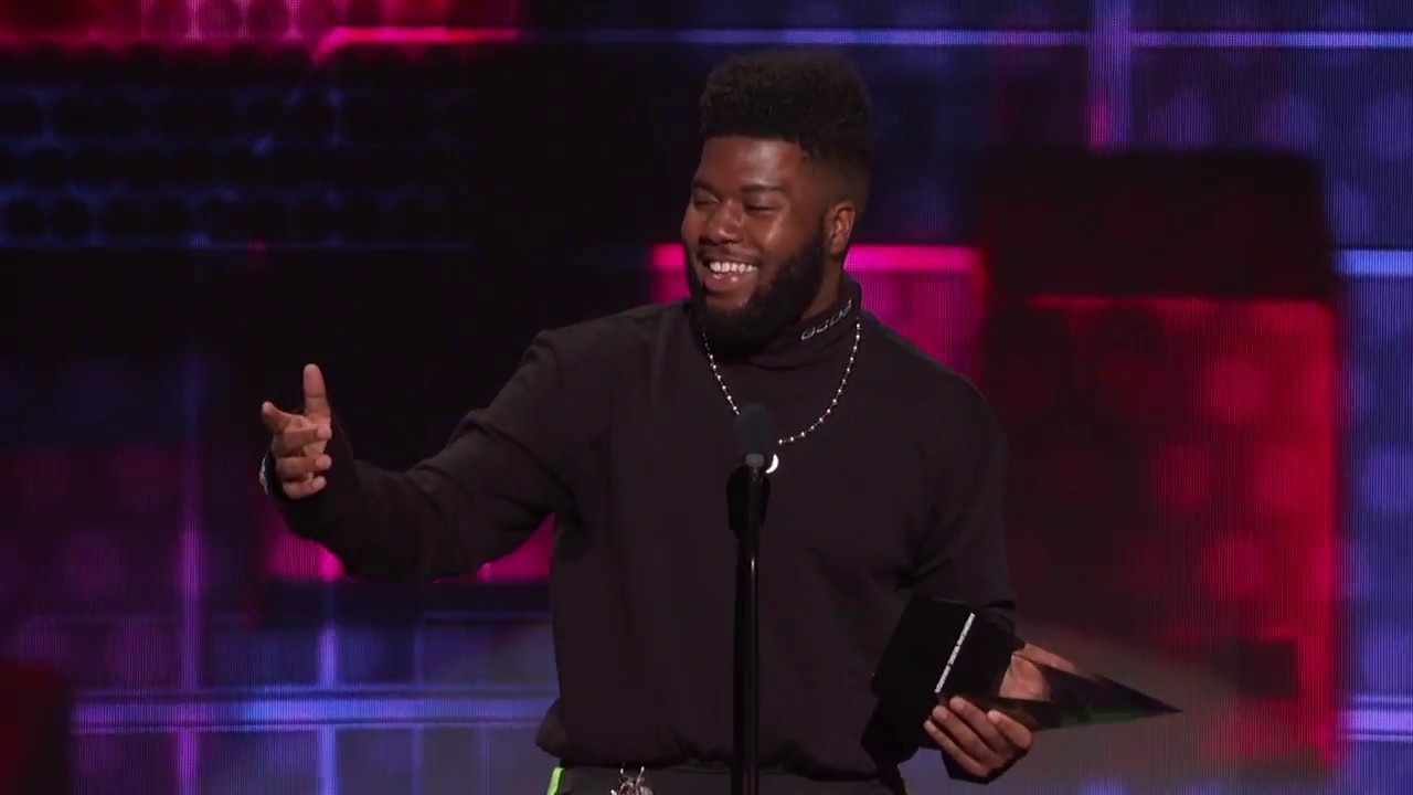 Khalid Cleaned Up At The 2019 American Music Awards!!