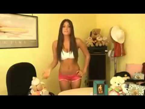 Anche le donne vanno in bagno funnycat tv - Donne che vanno in bagno a cagare ...