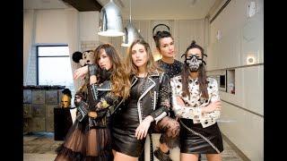 הפקת אופנה שחור - לבן  ארקטה | ITGIRLS