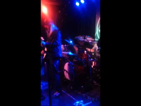 Nirvana feat. J Mascis - Drain You - Live 4/10/2014