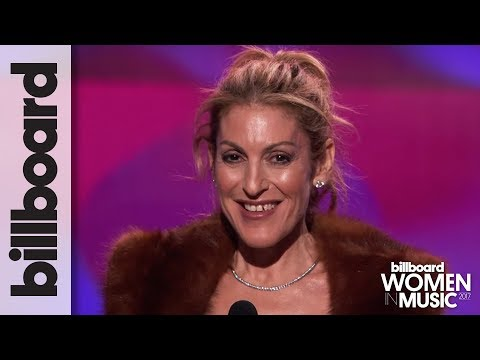 Julie Greenwald Accepts Executive of The Year at Billboard's Women in Music 2017