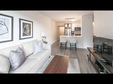 Tour the furnished guest suite at Streeterville